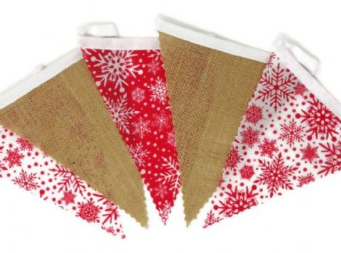 CHRISTMAS BUNTING  Red & White Snowflakes and Hessian on White Tape  - 3m - 14 flags (single-sided)